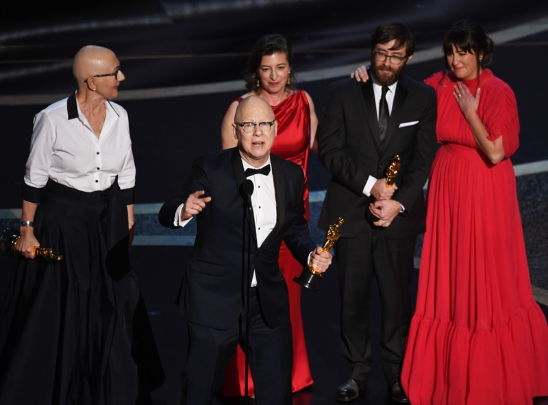 Photo: Kevin Winter/Getty Images (Steve Bognar '81 & Julia Reichert winning an Academy Award!)
