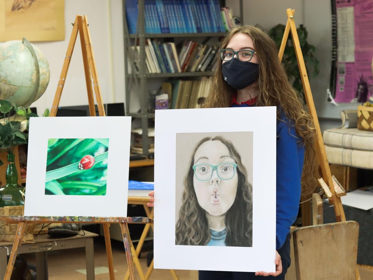 Carroll artists Samantha Yates displays her artwork